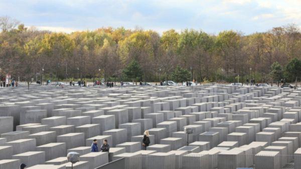 A II. világháború borzalmainak emlékműve