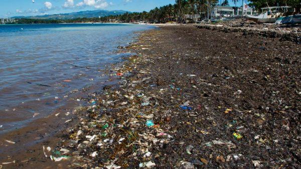 Boracay népszerűségének átka a rengeteg szemét