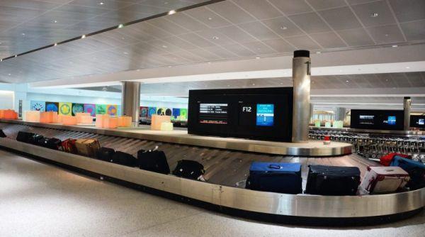 Ha a fenti repülőtéri tanácsok megvalósulnak, gond nélkül veheted le a bőröndöt a szalagról!