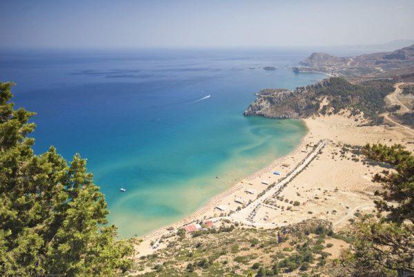 Rodosz egyik legszebb tengerpartja fentről nézve impozáns