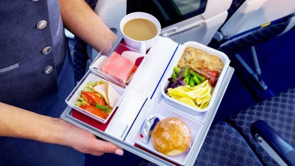 Hagyományos légitársaságoknál lehet diétás ételt rendelni