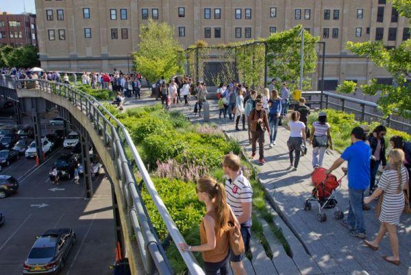 A High Line-en üdítően hat egy kis séta