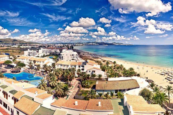Ibiza egyik legpartizósabb helye Playa d'en Bossa