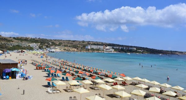 Sokak szerint Mellieha a legszebb tengerpart Máltán