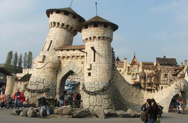 A Parc Asterix-be is érdemes ellátogatni