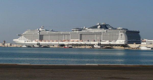 Az MSC Fantasia hajója