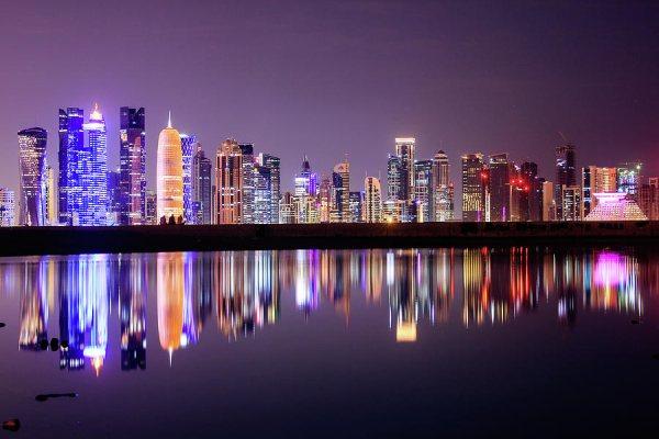 Doha látnivalók között elsőként a felhőkarcolókat említhetjük