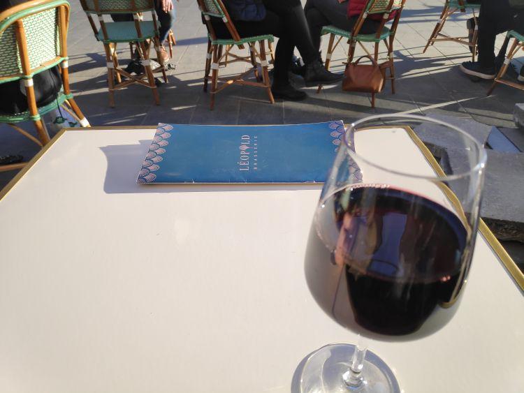 Bordeaux neve összeforrt a vörösborral