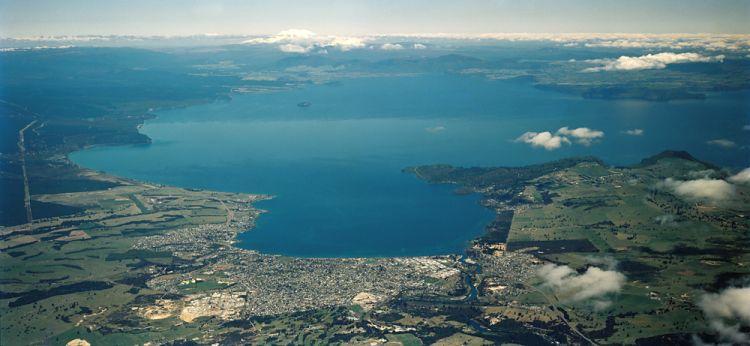 Új-Zéland legnagyobb tava