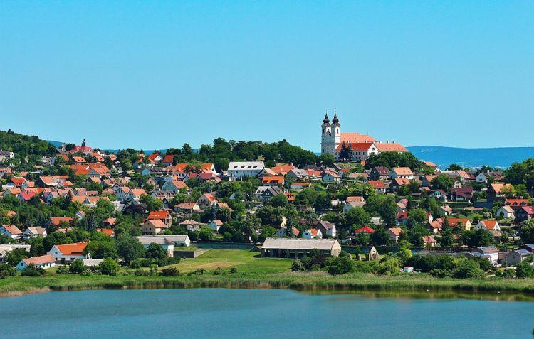 Tihany és a félsziget a Balaton egyik legismertebb helye