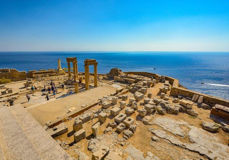A lindosi Akropolisz népszerű a Rodosz látnivalók között
