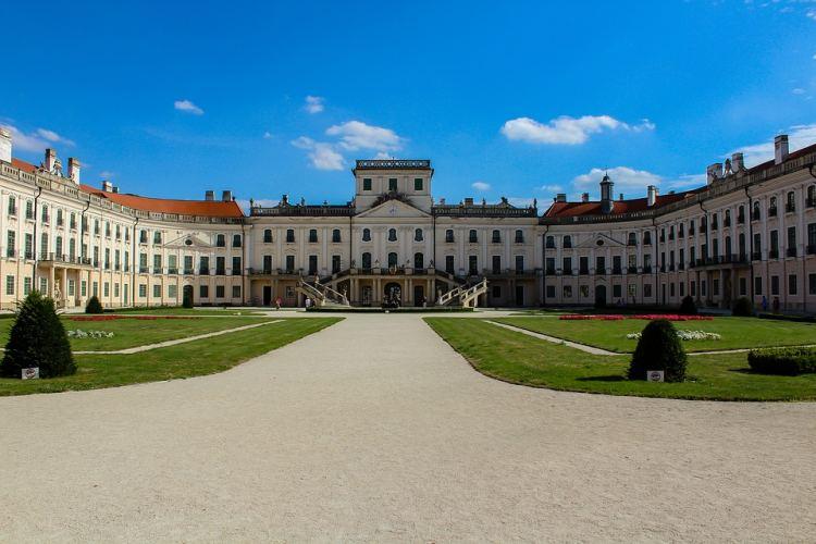 Hazánk egyik legszebb kastélya az Esterházy
