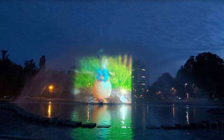 A vízpermetben különböző animációk jelennek meg