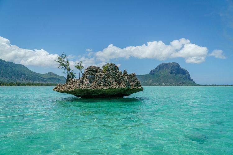 Ez a szikla Mauritius egyik jelképe