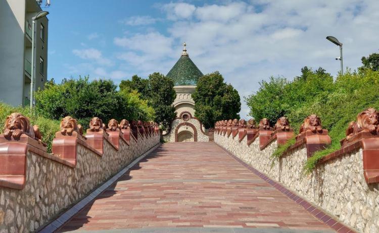 A mauzóleum méltán van Pécs látnivalók között