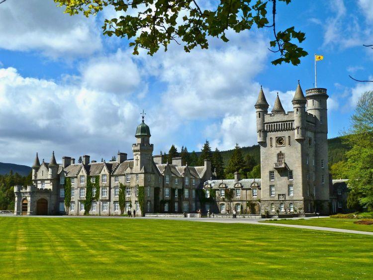 Manapság is a királyi család kedvenc nyári rezidenciája