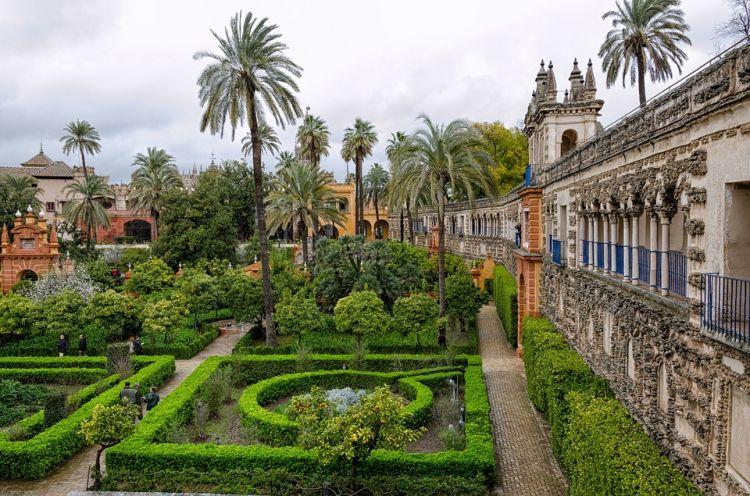 Csodás kertek találhatók, Sevilla látnivalók között kötelező!