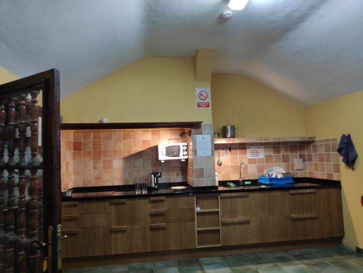 A konyha nagyon jól felszerelt
