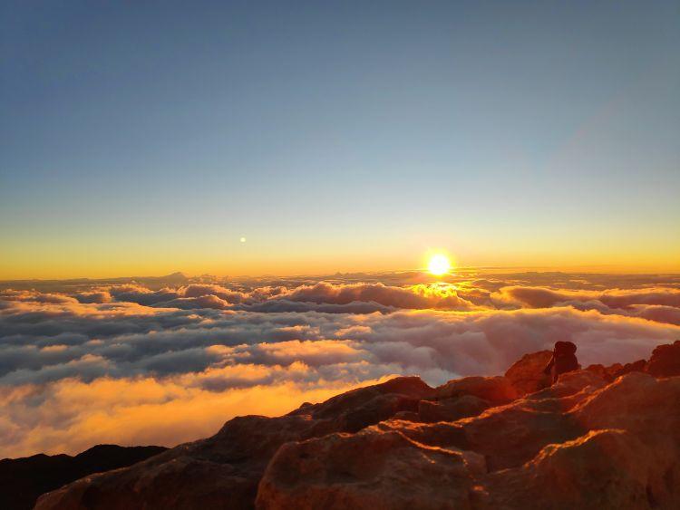 Napfelkelte 3718 méter magasan