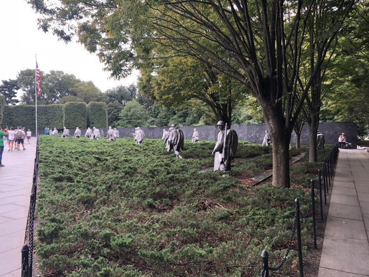 Ez a kis emlékpark a koreai háború elesett katonáira emlékezik meg