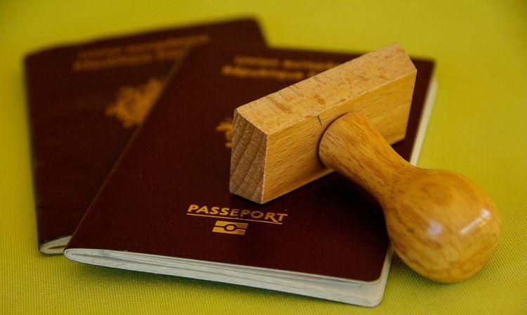 Utazás előtt ellenőrizzük az útlevél érvényességét!