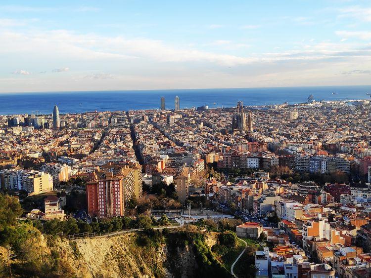 Barcelona télen is nagyszerű hangulatú város