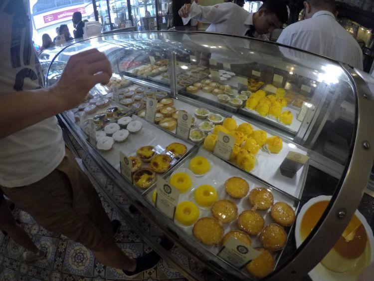 Finomságok a Confeitaria Colombo-ban