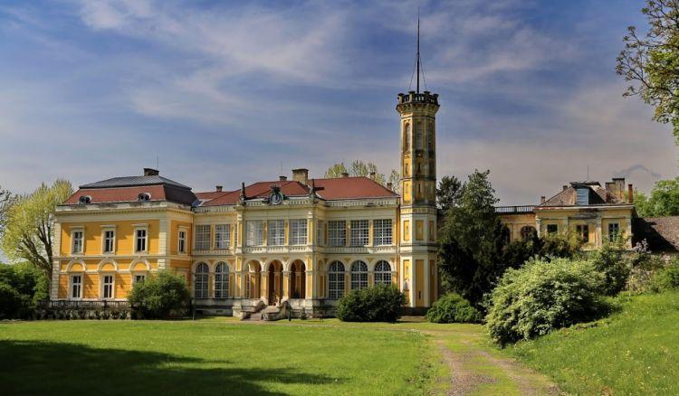 A Zemplénben találuk az egyik legszebb magyar kastélyt