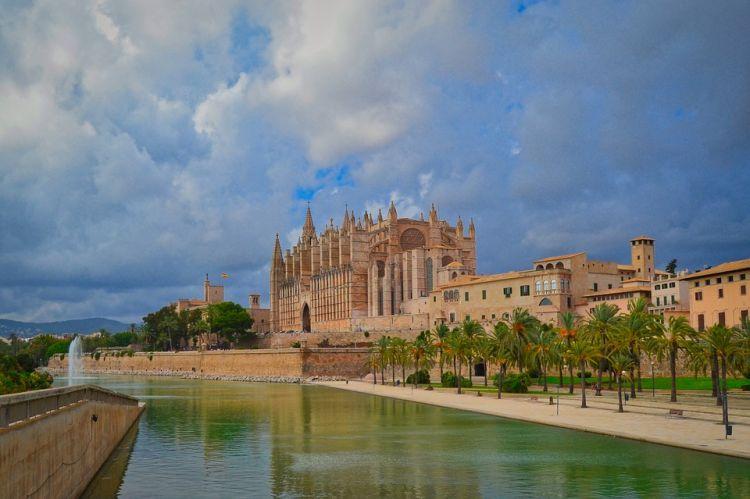 A katedrális Palma de Mallorca egyik fő látnivalója