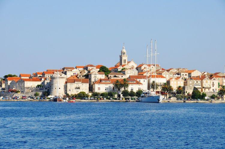 A sziget központját kis Dubrovniknak nevezik