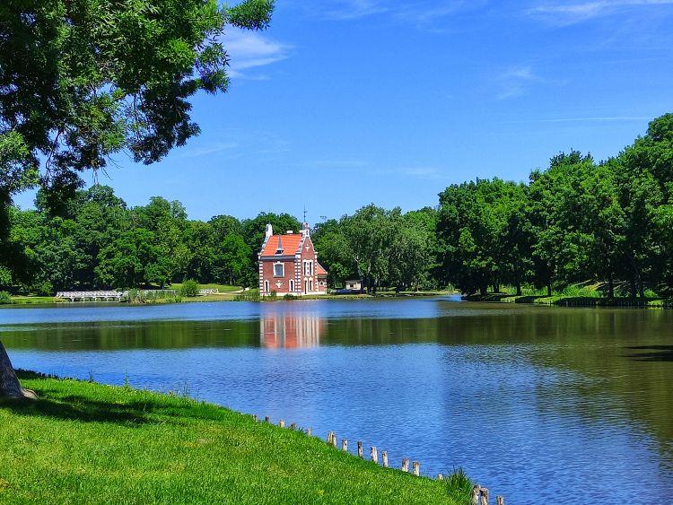 A kastélypark legszebb része a Hollandi ház