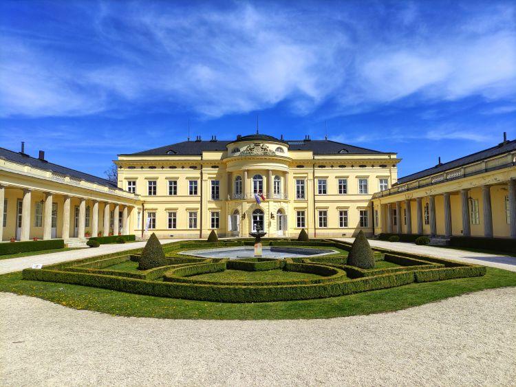 A kastély ma szálloda